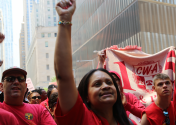 Workers striking against Verizon. Photo Courtesy Creative Commons